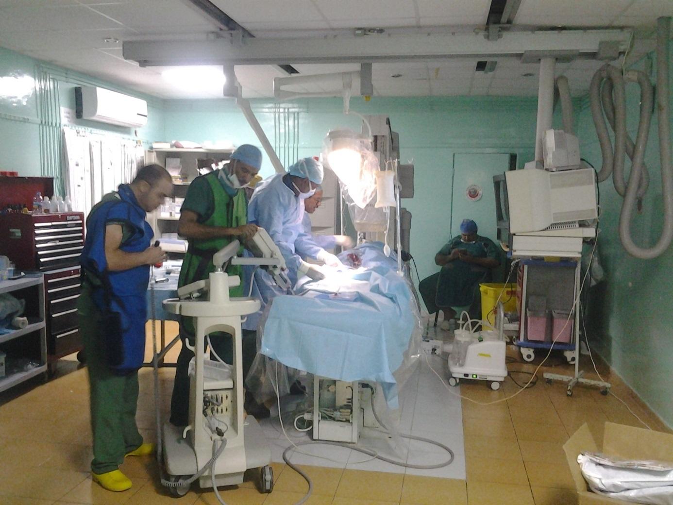 Une équipe du CNC sauve in extrémis deux patients victimes d ...